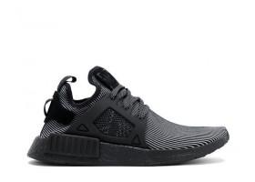 NMD XR1 PK TRIPLE BLACK Sneakers